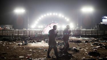 Hvis EU's momsregler ændres, bliver det eneste overskud fra festivalerne skrald og tømmermænd.