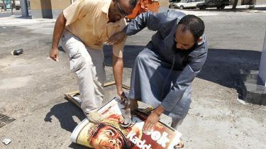 De billeder, vi så af oprørere, som trampede på fotografier af Gaddafi, så meget autentiske ud og vil helt sikkert fungere langt bedre i Libyen og den øvrige arabiske verden end billederne af amerikanske marinesoldater, der trak en statue af Saddam Hussein ned i 2003 og draperede hans hoved med det amerikanske flag.