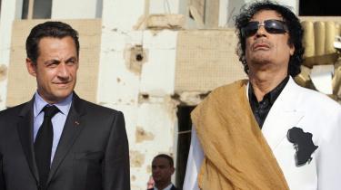 Italien, der før var Gaddafis handelspartner, står til at tabe terræn i nye energiaftaler med Libyen.   I dag mødes de øvrige nationer, der støttede oprørerne i Libyen, for at drøfte landets fremtid. Deres situation virker anderledes forgyldt
