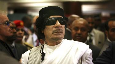 Muammar Gaddafi finansierede samarbejdet mellem landene i Afrika.  En række afrikanske intellektuelle betragter den vestlige intervention i Libyen som et forsøg på at genkolonisere Afrika