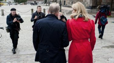 Villy Søvndal og SF skal passe på med at lægge sig for tæt op af Socialdemokraterne. Sådan lyder advarslen nu fra Søvndals norske forbillede — venstrefløjspartiet SV, der er kommet i regering og siden har mistet opbakning med rekordfart.