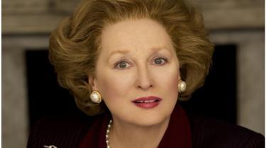 The New York Times' filmanmelder A.O. Scott venter spændt på at se Meryl Streep i rollen som en berygtet kvindelig politiker, der fik en hær af kunstnere på krigsstien