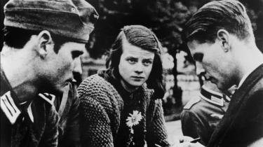 Modstand. Et billede fra juli 1942 viser Sophie Scholl, hendes bror, Hans Scholl (til venstre), og Christoph Probst.