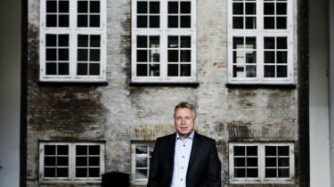 Oplagt. Vil kulturminister Uffe Elbæk gribe chancen til at gøre op med sine forgængeres beslutninger?
