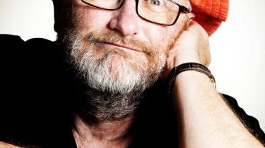'Jeg forsøgte mig da også engang med at bringe kunstnere sammen til et fællesmøde og betragte dem som en medarbejderskare. Det er noget af det mest absurde, jeg har været med til,' siger Peter Aalbæk fra filmselskabet Zentropa.