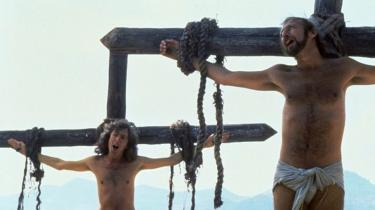 I forbindelse med premieren på den religiøse satire 'Life of Brian' i Storbritannien 1979 blev Monty Python nærmest forfulgt af kristne grupper. Denne historie fortælles nu i en underholdende tv-film, 'Holy Flying Circus', der også handler om ytringsfrihed og censur. I nutidens religiøse klima var 'Life of Brian' måske slet ikke blevet til