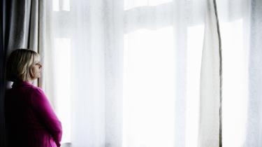 Bemærkelsesværdigt. Hanne-Vibeke Holsts feministiske mærkesag er i den nye roman, 'Undskyldningen', kun til stede som spredte pointer.