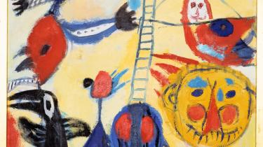 Beslægtede. Tre af de kunstværker, der rundt om i Danmark netop nu udforsker børnenes tilgang til kunsten og legen med det banale: Constants 'Stigen', Paul Klees 'Maske lapul', og Asger Jorns 'Smil kolde gade'.