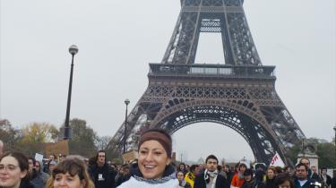 Protestmarch i går i Paris mod finansverdenens årsag til den globale krise. Occupy France kalder de sig efter det ameri-kan-ske forbillede Occupy Wall Street.