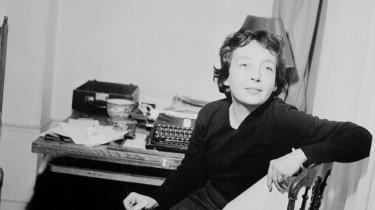 Jeg søger tilflugt hos Marguerite Duras. Hvorfor har jeg ikke skrevet nogen anmeldelser i oktober og november? Det er smukt at tale om vejret. Det er umuligt at læse, så læser man alligevel igen. Hurra