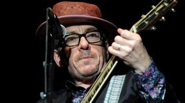 Elvis Costello synes, at hans nye live-bokssæt er alt for dyrt.