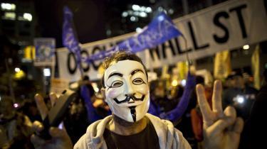 Masken, der ligner en smilende Guy Fawkes, har i år været et fast indslag ved Occupy-demonstrationer i New York, Moskva, Rio, Rom og andre steder.