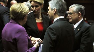 Det vil være et solidarisk skridt for Danmark at tilslutte sig den nye eurozoneerklæring, vurderer EU-eksperter. Enhedslisten og EU-skeptiker kalder det derimod stærkt usolidarisk