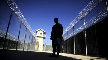 Slagsmålet om Bagram-fængslet er blot et eksempel på spændingerne mellem USA og præsident Karzai, om hvordan den endelige aftale om USA's tilbagetrækning skal se ud.