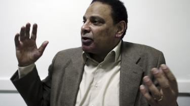Betragtninger. I en række artikler, som nu udkommer på dansk, anlægger den prominente egyptiske forfatter Alaa Al-Aswany politiske betragtninger over det daglige liv i Egypten.