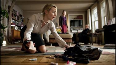 Roman Polanski afslører kaosset og vildskaben under civilisationens tynde fernis i sin nye film, det velspillede og underholdende, sorthumoristiske kammerspil 'Carnage', hvor voksne opfører sig som børn
