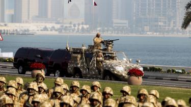 Hårdnakkede forlydender baseret på efterretningskilder vil vide, at Qatar, Frankrig og Storbritannien har sendt specialstyrker ind i Syrien fra Tyrkiet, Irak og Libanon.