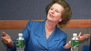 Margaret Thatcher kunne sit stof til mindste detalje, udstrålede handlekraft og kompromisløshed og var parat til at forhandle  dag og nat, til hun fik sin vilje.
