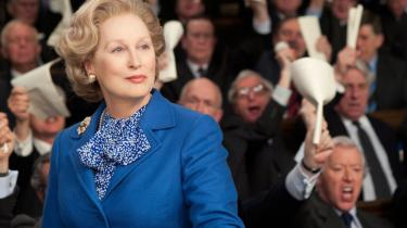 Margaret Thatchers (her i skikkelse af Meryl Streep i filmen 'Jernladyen') kompromisløse ledelsesstil står i stor kontrast til de mere pragmatiske regeringsledere, vi har haft i Danmark på det seneste.