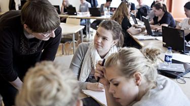 To tredjedele af gymnasielærerne arbejder ikke sammen om at udvikle undervisningen på tværs af fagene, viser ny evaluering. Flerfaglighed var ellers en af grundpillerne i gymnasiereformen