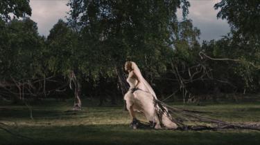 Lars von Triers 'Melancholia' blev valgt til årets bedste film, da Bodilpriserne her til aften blev uddelt i Bremen i København. Nikolaj Lie Kaas og Lars Ranthe vandt for deres roller som hhv. Dirch Passer og Kjeld Petersen i Martin Zandvliets 'Dirch'. Og Ghita Nørby fik en Æres-Bodil