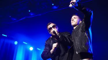 Da Nik og Jay i november sidste år fik DMA's ærespris, var det det endelige skulderklap fra den musikbranche, der til at begynde med holdt duoen ud i strakt arm. Her optræder Nik og Jay fredag aften i Odense.