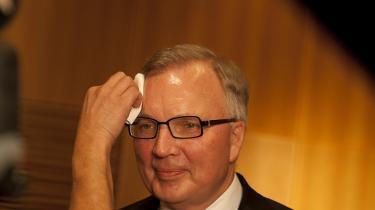 Var det Schur som bestyrelsesformand for den kommercielle, private virksomhed DONG Energy, Schur som statens gesandt i den statslige virksomheds bestyrelse eller Schur som medlem af Venstres hovedbestyrelse, der talte på pressemødet efter  fyringen af Anders Eldrup?