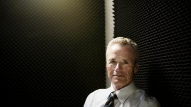 Anders Eldrup og bestyrelsen i DONG er stærkt uenige om forløbet omkring selskabets havmøllesatsning.