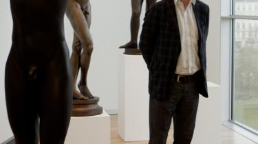 Karsten Ohrt, direktøren for Statens Museum for Kunst, har valgt en ny form for ophængning af værkerne. Det var hidtil en meget tematisk ophængning, der blandede nyt og gammelt, mens Ohrts idé er at hænge tingene kronologisk og samle danske og udenlandske mestre hver for sig.