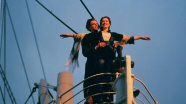 Til alle, der ikke siden har smidt deres fedtede tudehjerte i ishavet, anbefales James Camerons 'Titanic' – nu i 3D