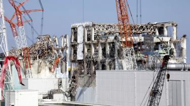 53 af Japans 54 atomreaktorer står stille efter Fukushima-havariet sidste år. I weekenden lukker den sidste. Ingen ved, hvornår og i hvilket omfang reaktorerne kommer i gang igen. Borgmestre håber, det aldrig sker