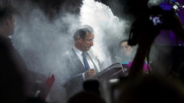 Kontrol. Hollandes sindsro selv  i pressede situationer grænsende til det flegmatiske, gør ham uegnet til præsidentposten, mener flere af hans modstandere.