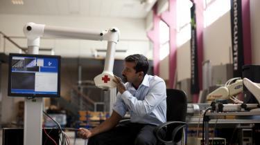 Thiusius R. Savarimuthus robotter ligner ikke dem i tegneserierne, men de kan få stor betydning i fremtidens hospitalsvæsen.