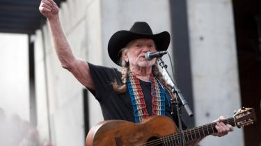 Det er ikke mindre end et lille mirakel, at Willie Nelson i en alder af 79 år stadig synger så godt, som tilfældet er. Der er generelt knald på de i alt 14 sange, han denne gang har sammensat til vores glæde og fornøjelse på sit nye album.