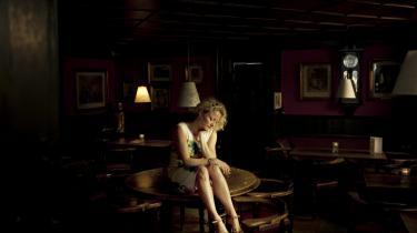 /h4> Majse Njors nye roman handler om kvinder, der tager magten, og mænd, der stikker af .