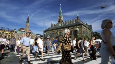 Liv i tal. De seneste 10 år har danskerne fået at vide, at der manglede hænder på arbejdsmarkedet frem mod 2020, med mindre der kom kraftige reformer. Men en justering af befolkningsprognosen giver nu et andet billede.