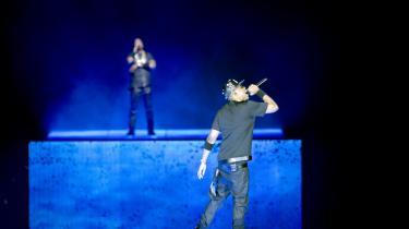 I et afsindigt par- og kapløb over to og en halv time overgik hiphopkongerne Jay-Z og Kanye West således hinanden i en endeløs refrænparade.