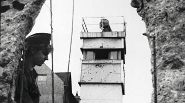 Berlinmuren. Opførelsen af Berlinmuren kunne have været undgået, hvis blot den daværende amerikanske præsident John F. Kennedy havde forstået at læse signalerne fra USSR korrekt, mener forfatteren til bogen 'Berlin 1961' Frederick Kempe.