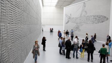 Den tyske kunstner Thomas Bayrle udstiller i documenta-Halle på 'Documenta 13' i Kassel.
