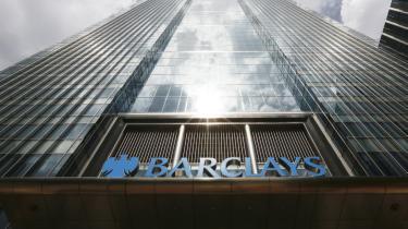 Den engelske storbank Barclays er blevet omdrejningspunkt for  en skandale, der kan vise sig at være en af de største finansielle svindelsager nogensinde.