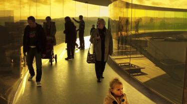 Realdania bruger mange penge på blandt andet at præge byrummet. Blandt de senere projekter, de har medfinansieret, er Superkilen i Nordvest, som beskrevet i avisen 18. juli, og Olafur Eliassons 'Himmelrummet' på ARoS i Aarhus.
