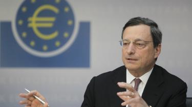 Den Europæiske Centralbanks chef, Mario Draghi, forsøger at berolige markedet om eurolandenes krise. Men økonomiske eksperter siger, at centralbanken altså ikke har nogen bazooka med milliarder, der kan løse eurolandenes gældsproblemer, men kun en revolver med et begrænset antal skud i tromlen.