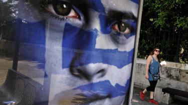 Når europæiske politikere skruer op for retorikken og angriber hinanden, er det ofte Grækenland, der står for skud. Blandt andet i Finland, hvor Timo Soini, lederen af partiet Sande Finner, mener, at al økonomisk hjælp til grækerne bør droppes omgående.