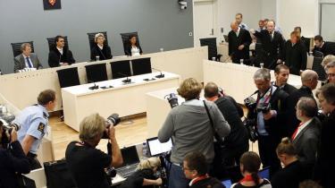En smilende Anders Behring Breivik er blevet idømt forvaring for terrorangrebet i Oslo den 22. juli sidste år