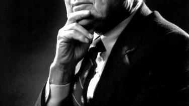 Milton Friedman havde ret i sin tro på markedets evne til at skabe velstand. Men han fejlede afgørende i sin ekstreme tro på, at markedet ikke skal styres. Hans berømte bog 'Det frie valg' genudgives i anledning af nobelprisøkonomens 100-årsdag