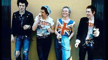 Det er nu 35 år siden, at punkikonerne Sex Pistols udsendte deres eneste lp, det skelsættende 'Never Mind the Bollocks, Here's the Sex Pistols'. Det fejres med udgivelsen af et overdådigt bokssæt – og nogle betragtninger om tiden og fænomenet fra vor helt egen part-time punk