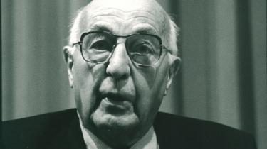 Allerede i 1972 advarede præsidenten for Europa-Kommissionen Sicco Mansholt om de problemer, der er forbundet med den økonomiske vækst.