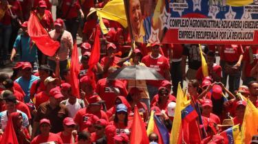 I morgen er der præsidentvalg i Venezuela, og selv om der er masser af vælgere, der stadig støtter  præsident Hugo Chàvez efter 14 år på posten, så er der andre, der mener, at hans dage ved magten er talte.