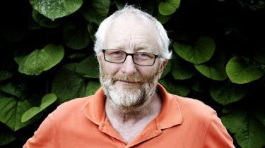Zentropas direktør, Peter Aalbæk, har indledt et frontalangreb på filmmagasinet Ekkos journalistiske metoder. Personlige sagsanlæg, pres på Ekkos bestyrelse og et totalboykot af bladet er 'Ålens' metode til at bekæmpe, hvad han ser som intimiderende journalistik