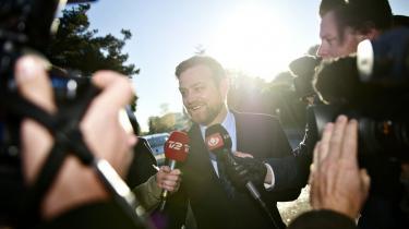 Tidligere spindoktor for skatteminister Troels Lund Poulsen (V), Peter Arnfeldt, ankommer til Skattekommisionen i Søborg torsdag morgen.